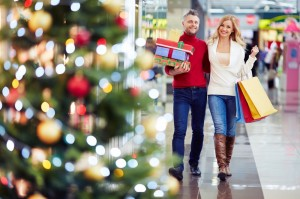 Men-And-Millennials-Enter-Holiday-Shopping-Season-With-A-Plan